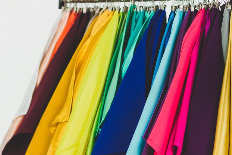 analiza kolorystyczna- chusty garderobiane