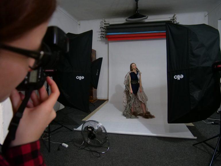 modelka_na_planie